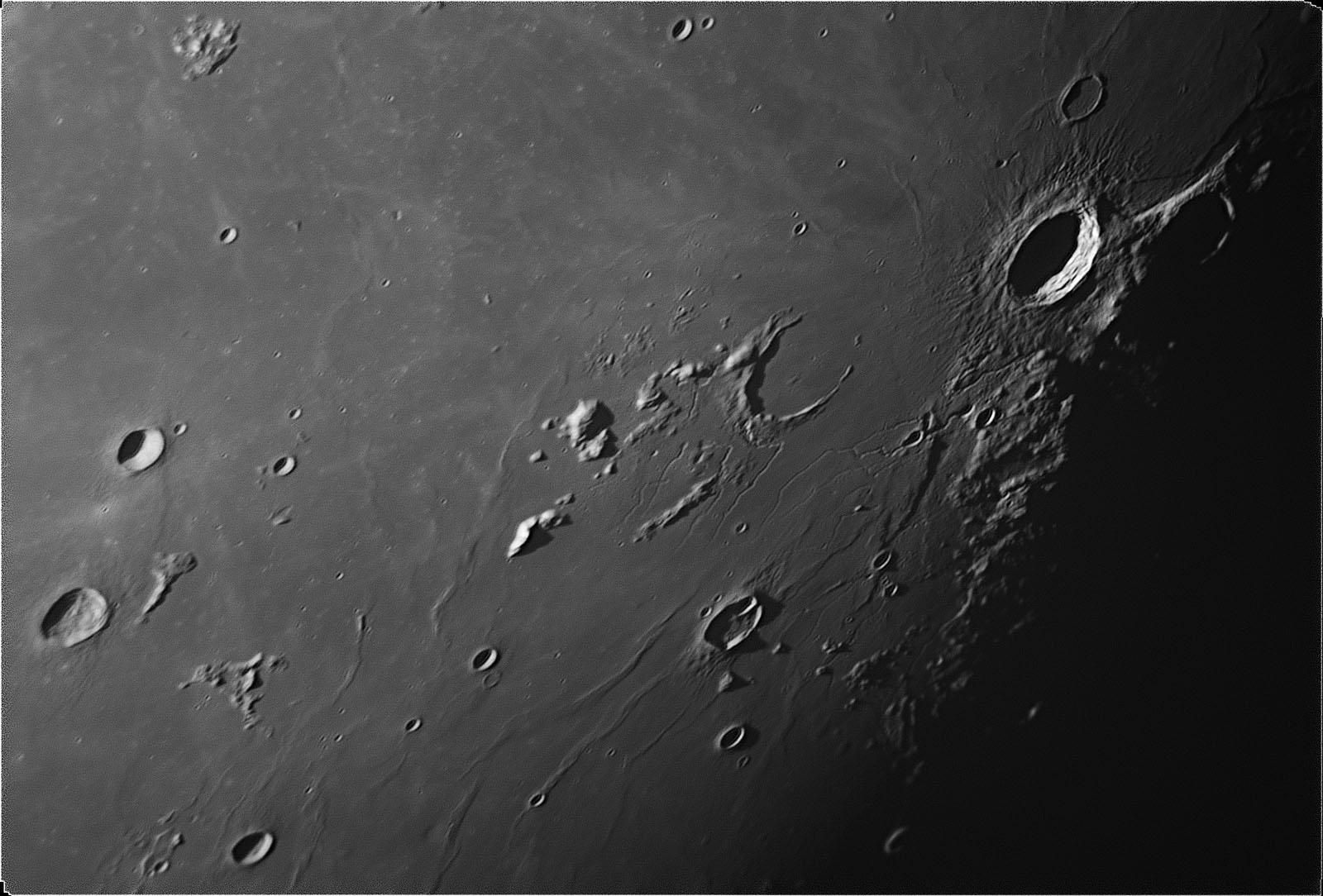 Moon_aristarchus_2016_05_18_w1600
