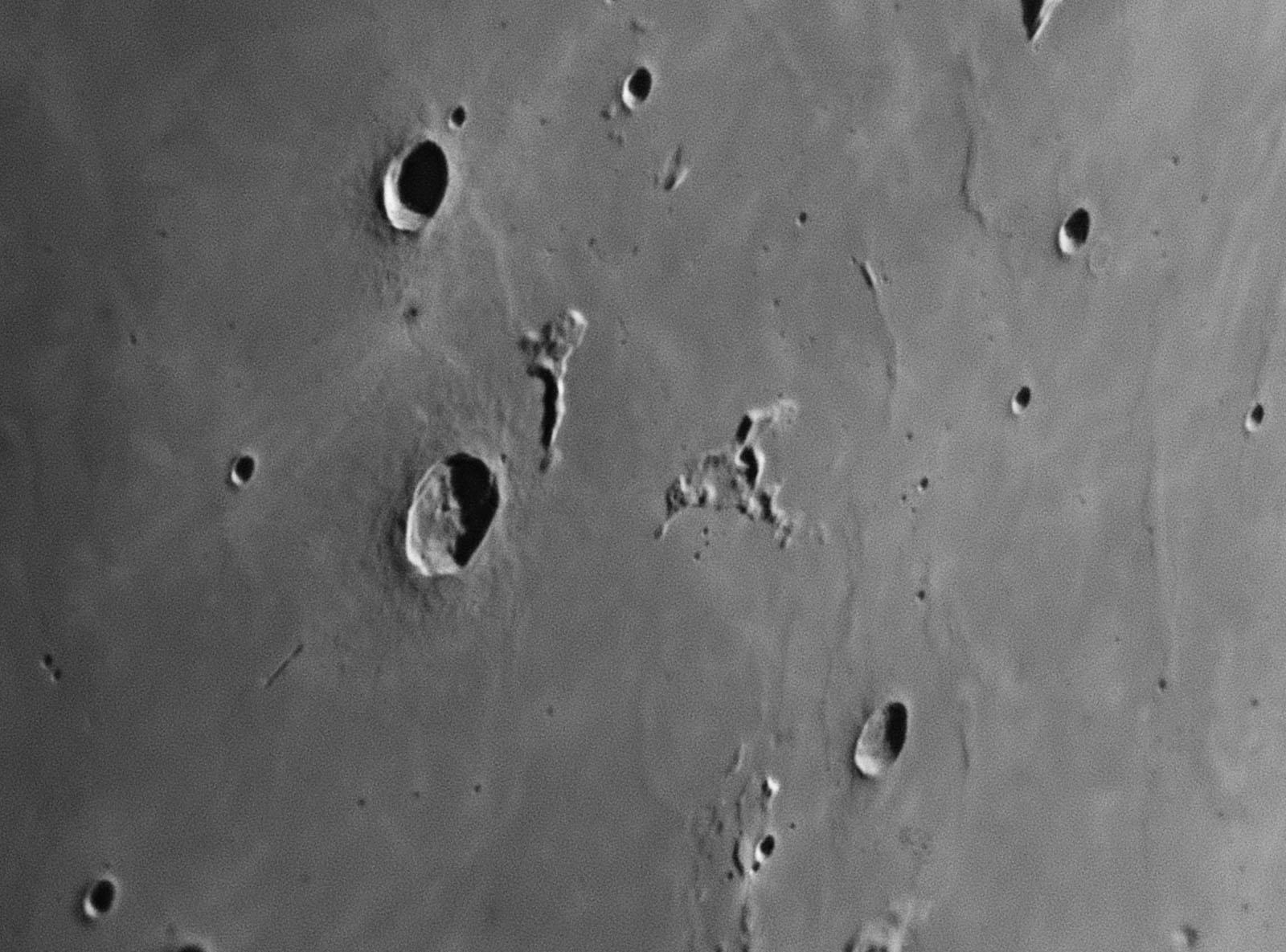 Moon_194707_r_2017_11_12_zwo_asi178